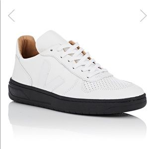 VEJA low top white sneakers with Black sole